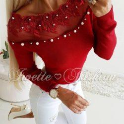 Русото и червено си отиват! Вземи дамска блуза с перли