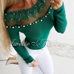 Русото и зеленото си отиват! Вземи дамска блуза с перли